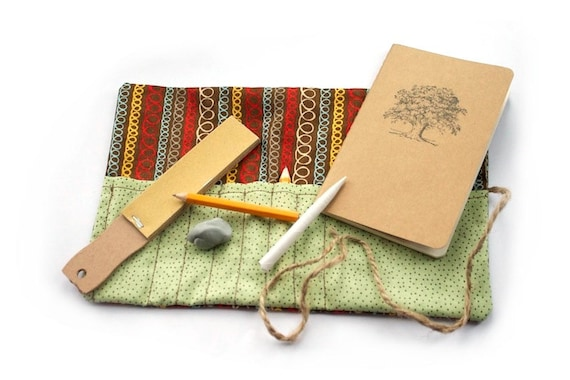 field sketchbook drawing set kids crayon roll up travel. Black Bedroom Furniture Sets. Home Design Ideas