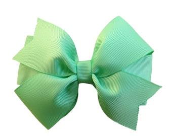 Mint green hair bow - light green bow, 4 inch hair bow, pinwheel bows, girls hair bows, girls bows, toddler bows, green hair bows, bows