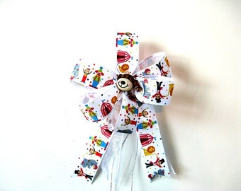 Gift for children, Birthday bow, Circus animal gift bow, Handmade gift bow, Birthday party decor, Bow for gift baskets, Gift bow (FN32cl)