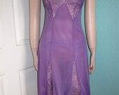 Rare Purple Munsingwear Vintage Lacy Full Slip Size 32 - VF1100