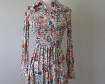 Vintage Polyester Girls Dress// XS// Floral// Smocked