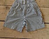 Vintage TOGETHER black & white knee length shorts