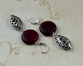 Red Silver Cutout 3D Marquis Dangle Earrings Dark Maroon Seaglass -like Discs Frosted Sea Glass Bead Fashion Jewelry Lever Free Shipping