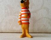 1969 Beauregard Hound Vinyl Figurine Doll