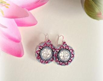 SALE Retrò Beaded Earrings - Swarovski Crystal Earrings -  Pink Black Grey Handmade Earrings - Silver Pink Clear Black