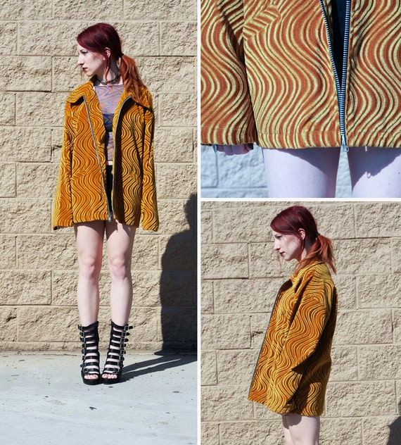 Psychedelic wave zip up velvet coat