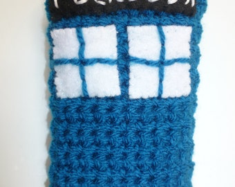 Handmade crochet TARDIS mobile phone cover , Dr Who