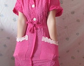 Vintage Dressing Gown for the Retro Housewife in you