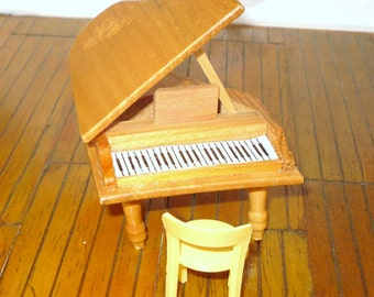 Miniature dollhouse vintage baby grand piano