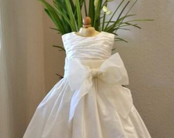 First Communion Dress, Communion Dress, Holy Communion Dress, 1st Communion Dresses, Confirmation Dress, Flower Girl Dress, Easter Dresses