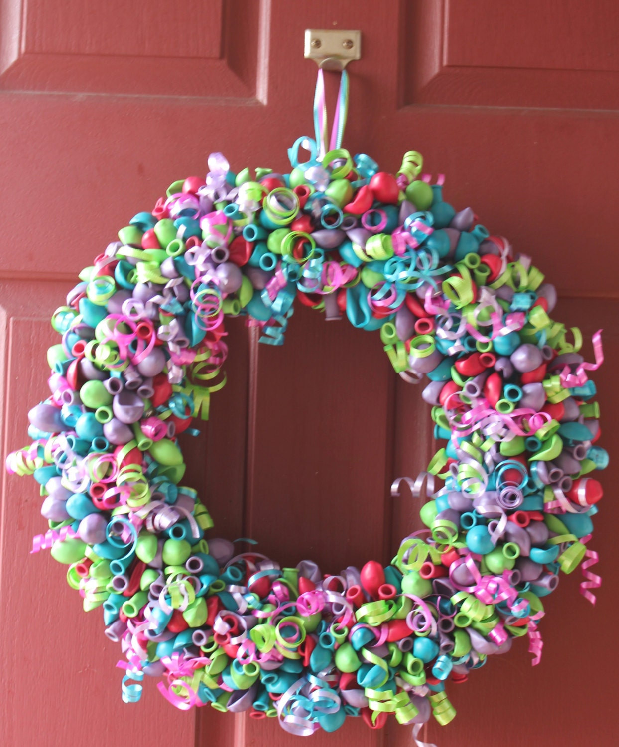 custom color balloon wreath by littlecraftycottage on etsy