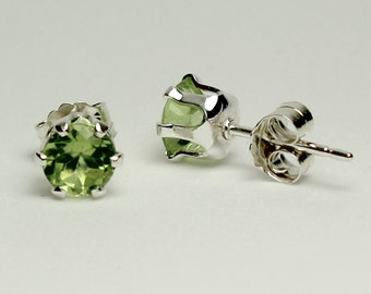 Sterling Silver Peridot Earrings / Olive Green Peridot Earrings Silver