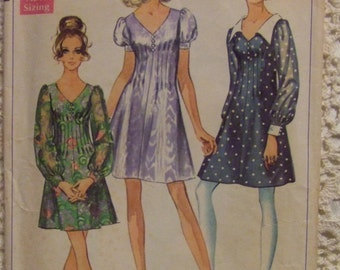 Simplicity Pattern no. 8089   size 7 Junior  For Girl  Dress Pattern 1969