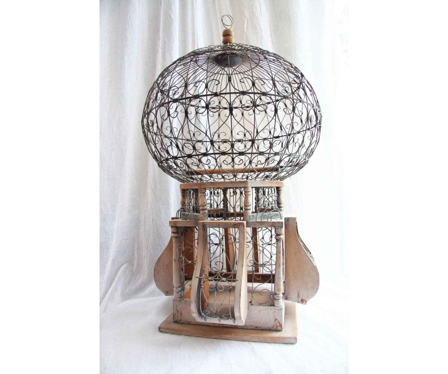 large vintage victorian bird cage 1800s round dome by atvintage. Black Bedroom Furniture Sets. Home Design Ideas