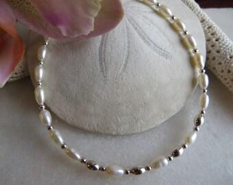 Freshwater Pearl Bracelet, Pearl Bracelet, June Birthstone Bracelet, 30th Wedding Anniversary Bracelet, Delicate Sterling Silver Bracelet