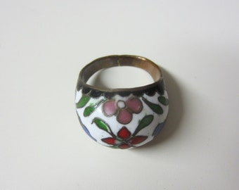 SALE!! 1970s Beautiful Cloisonne Enamel Cocktail Ring Copper Ring Rose Leaves Floral Hand Painted Country Craft Folksy Hippie Boho Flowers
