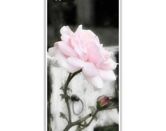 Iphone Case , Fine Art Photography, iPhone 4/4s and iPhone 5/5s, Iphone 6, Cottage Roses, Shabby Chic, Pink Roses