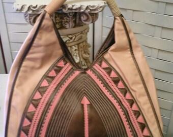 Melie Bianco Pink & Brown Shoulder Bag - Vintage Purse