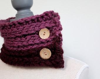 dual toned purple cowl winter,purple winter cowl,purple winter scarf,purple scarf,chunky scarf,button cowl,wool cowl,purple neckwarmer