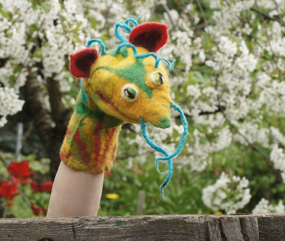 Hand Puppet Yellow Dragon, Felted Toy, Muppet style Creative play, Nursery Toy, Eco-friendly, OOAK