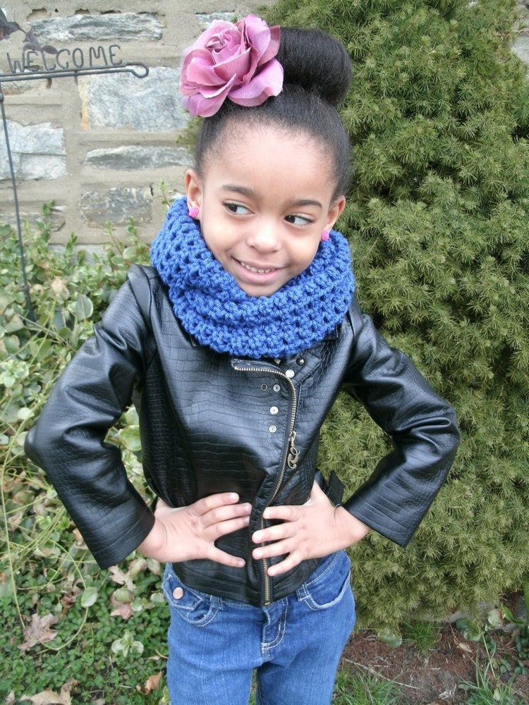 Crochet Childrens CirlceInfinity Scarf Custom by LovelyElephant Crochet Childrens Scarf