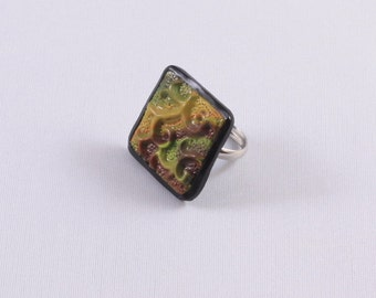 Polymer clay ring Embossed green square