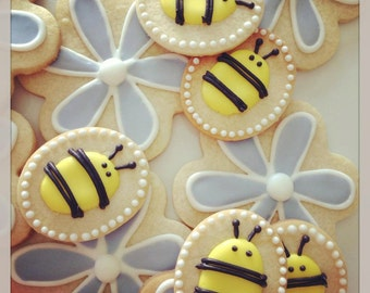 Iced Shortbread Spring Flowers and Bees (1 dozen)