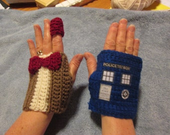 Dr WHO -fingerless gloves TARDIS and 11th DOCTOR (Matt Smith)