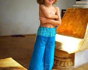Jupe culotte d'été bleue, turquoise, pour fille, Pantalon Thai, Thaï Fisherman pants Créateur pour enfants, Aummade