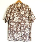 Mens vintage Hawaiian shirt / cotton camp shirt / cotton / brown cream black / batik resist print style / L XL / for dad