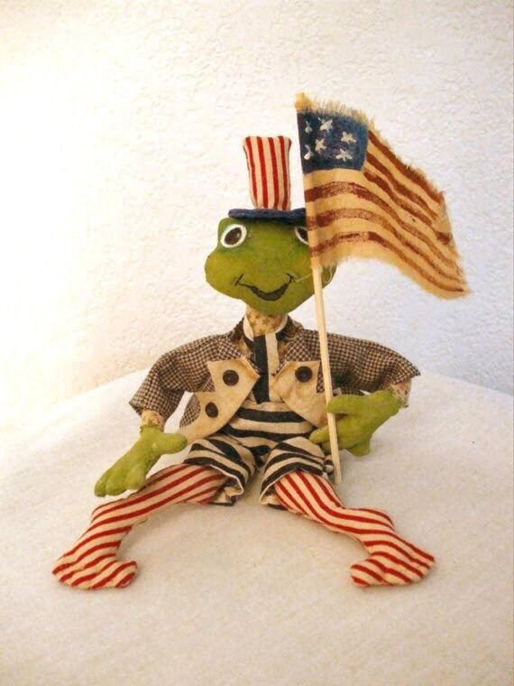 Primitive Frog July 4th  Decoration Sewing Pattern PDF  Instant Download