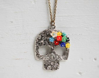 Day of the Dead, Sugar Skull Pendant, Skull Necklace, Folk Art Necklace, Spiritual Jewelry, Mexican Skeleton, Milagros Día de Muertos