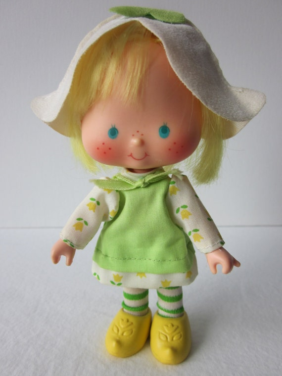 Vintage Strawberry Shortcake Mint Tulip Doll by NostalgiaMama