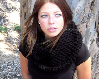 Black chunky cowl infinity scarf scoodie