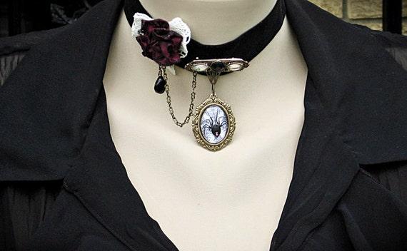 Gothic Choker - Black Widow Gothic Pendant Choker, Black Gothic Velvet Choker, Victorian Jewelry, Gothic Jewelry