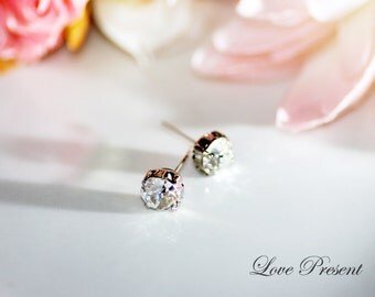 Swarovski Crystal Stud Typical 1.25 Carat Pierced Earrings - Bridesmaid Gift. Simple Jewelry - XIRIUS Chaton Cut - Color Clear Crystal