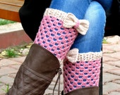 Vanilla Pink Short Knitting Boot Cuffs with bow. Short Leg Warmers. Crochet Boot Cuffs. Bow boot cuffs. Bow Accessory