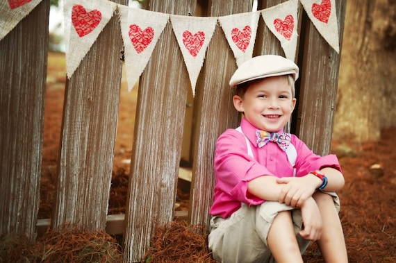Valentine's Day Photography Prop Burlap Banner with Red Lace Hearts