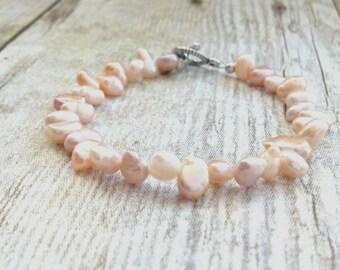 Pearl Bracelet, Bridal Jewelry, Wedding Jewelry, Bridesmaid Gift, Freshwater Pearl Bracelet, Beach Wedding, Soft Pink Pearl Bracelet