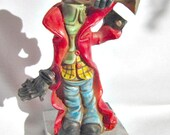 Clown Figurine.  Fontanini Clown playing trumpet  ID 046