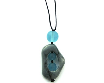 Resin Nursing Necklace Non Toxic 'Twiddle Buster' Pendant - Marble Grey/ Gray and Sky Blue - Cloudy Sky