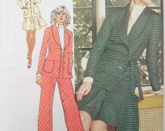 1970s Pants Skirt Jacket Pattern Short Skirt Wide Leg Pants Unlined Jacket Suit Simplicity 5811 Size 14 Uncut