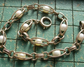 14k Gold Bracelet,  caged Pearls, vintage 1940s Estate Jewelry