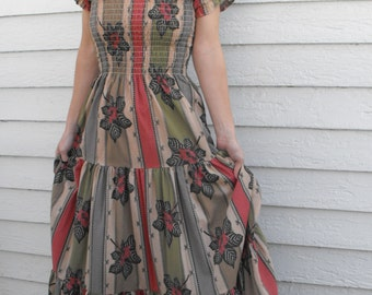 Vintage 70s Smocked Dress Boho Hippie Romantic Floral Print Maxi Summer XS S