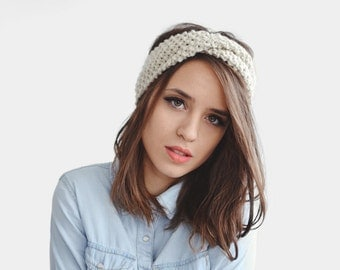 Hand Knit Headband in Ecru, Chunky Wool Headband, Yoga Knit Hairband, Boho Cream Turban, Women Ear Warmer, Twisted Headband