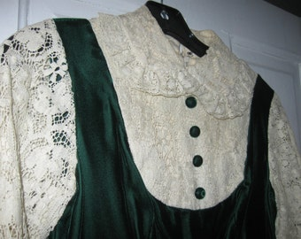 70's Green Velvet and Lace Maxi Dress XS