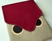 iPad Case/Sleeve - Hoot The Owl (Burgundy Beige)