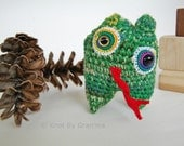 Froggy Mini Monster with Pocket Amigurumi Plush Toy Doll - knotbygranma