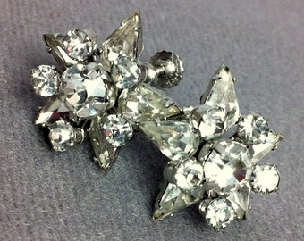 Vintage Rhinestone Flower Silver Tone Screw Back Earrings