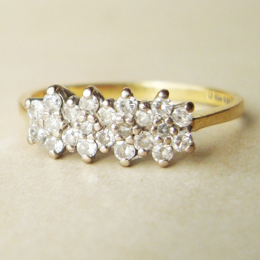 Vintage Diamond Flower Engagement Ring 18k Gold Diamond